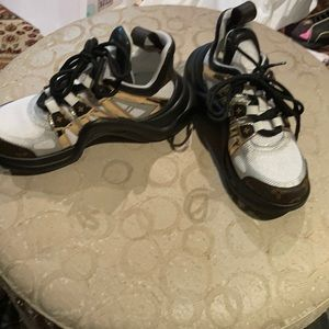 Brand new LV SNEAKERS